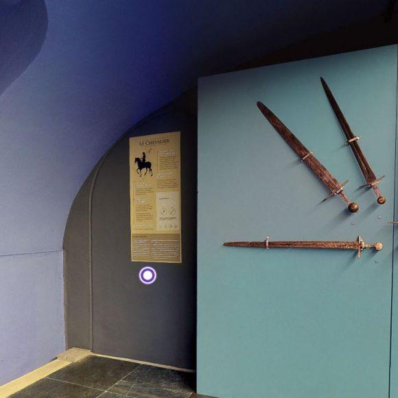 Une visite virtuelle de l'exposition «Aux Armes !»