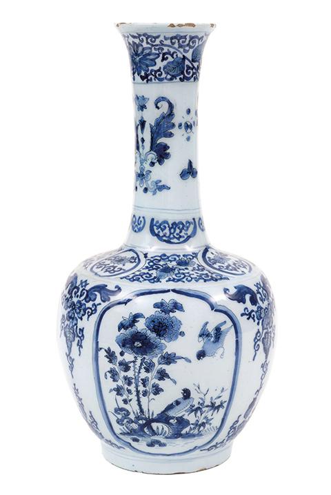 Vase-bouteille, Delft, 17e siècle